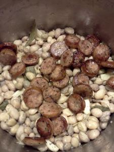 Borlotti beans and sausage